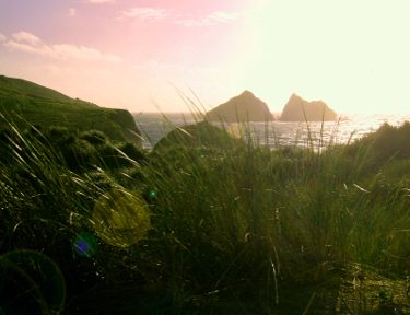 Holywell_Bay_Evening_-_panoramio wikimedia need to attribute to owner